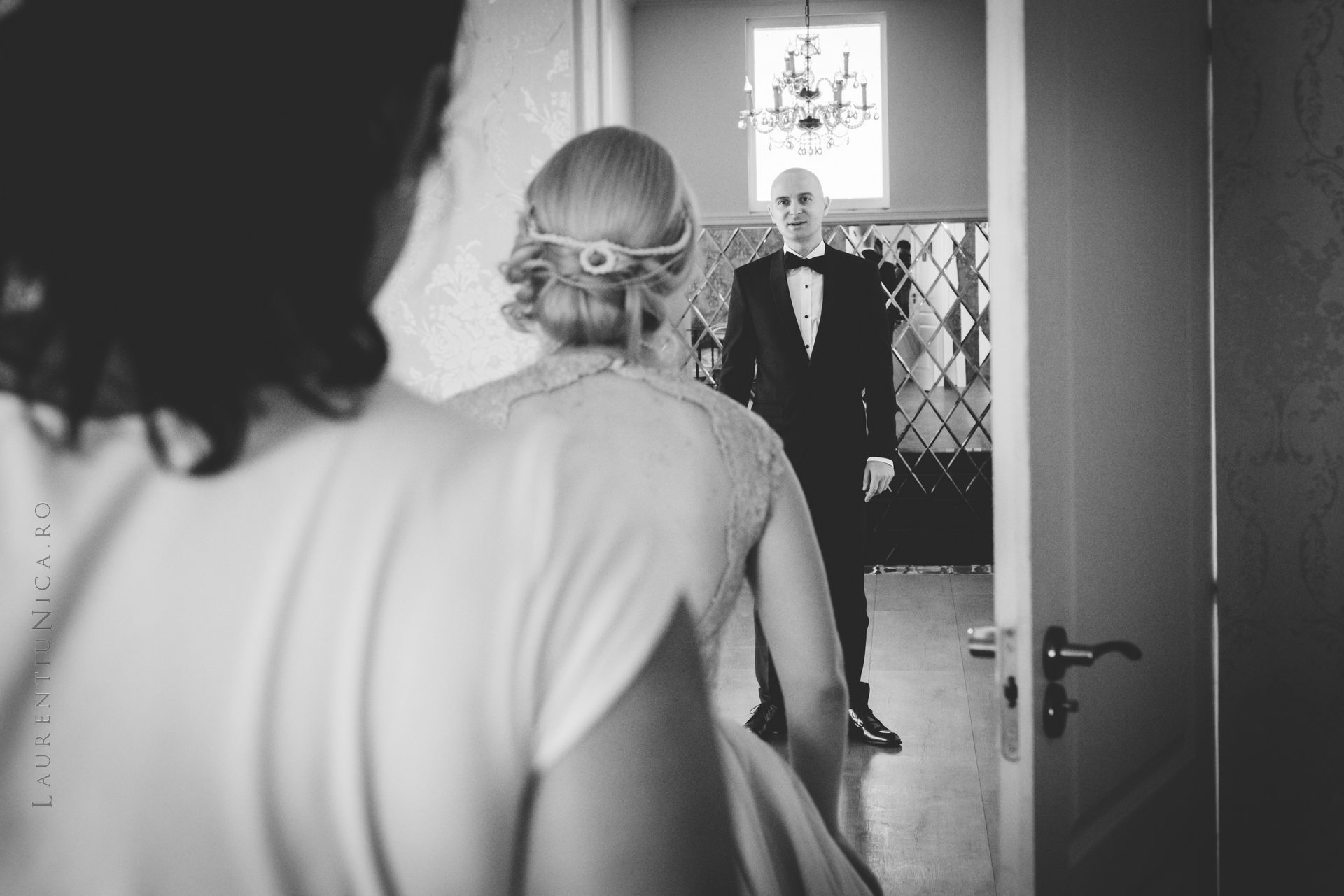 lavinia si adi fotograf laurentiu nica craiova 019 - Lavinia & Adi | Fotografii nunta