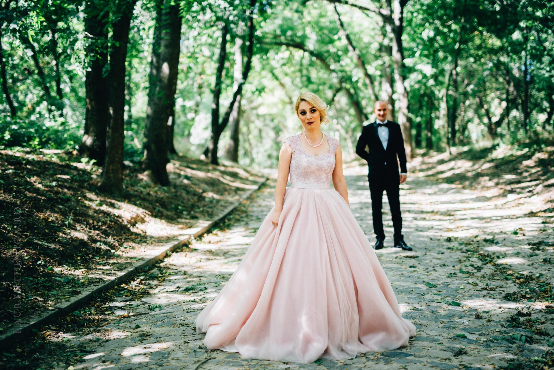lavinia si adi fotograf laurentiu nica craiova 021 - Lavinia & Adi | Fotografii nunta