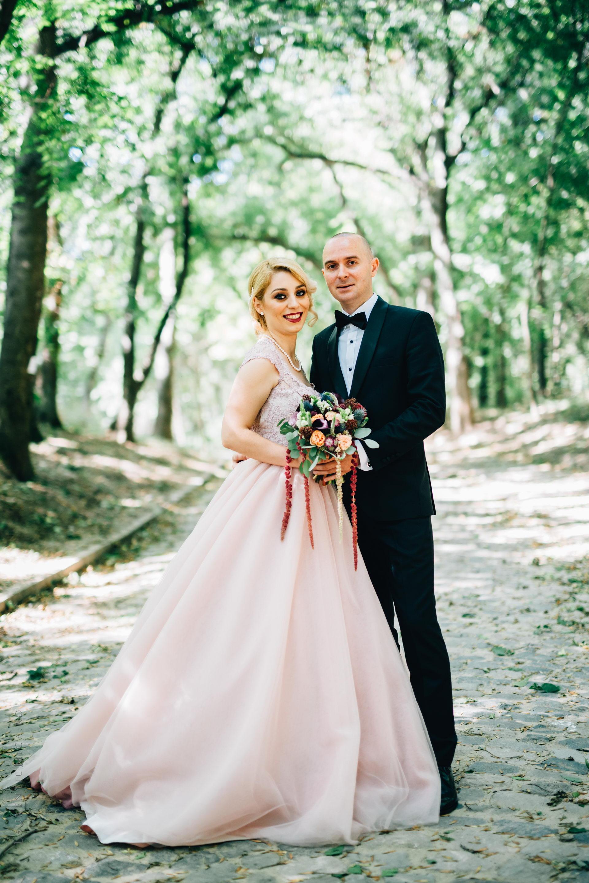 lavinia si adi fotograf laurentiu nica craiova 025 - Lavinia & Adi | Fotografii nunta