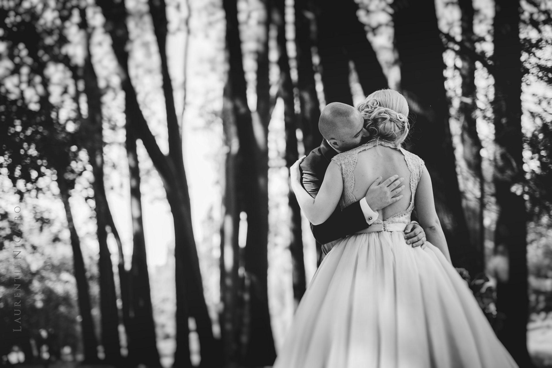 lavinia si adi fotograf laurentiu nica craiova 031 - Lavinia & Adi | Fotografii nunta