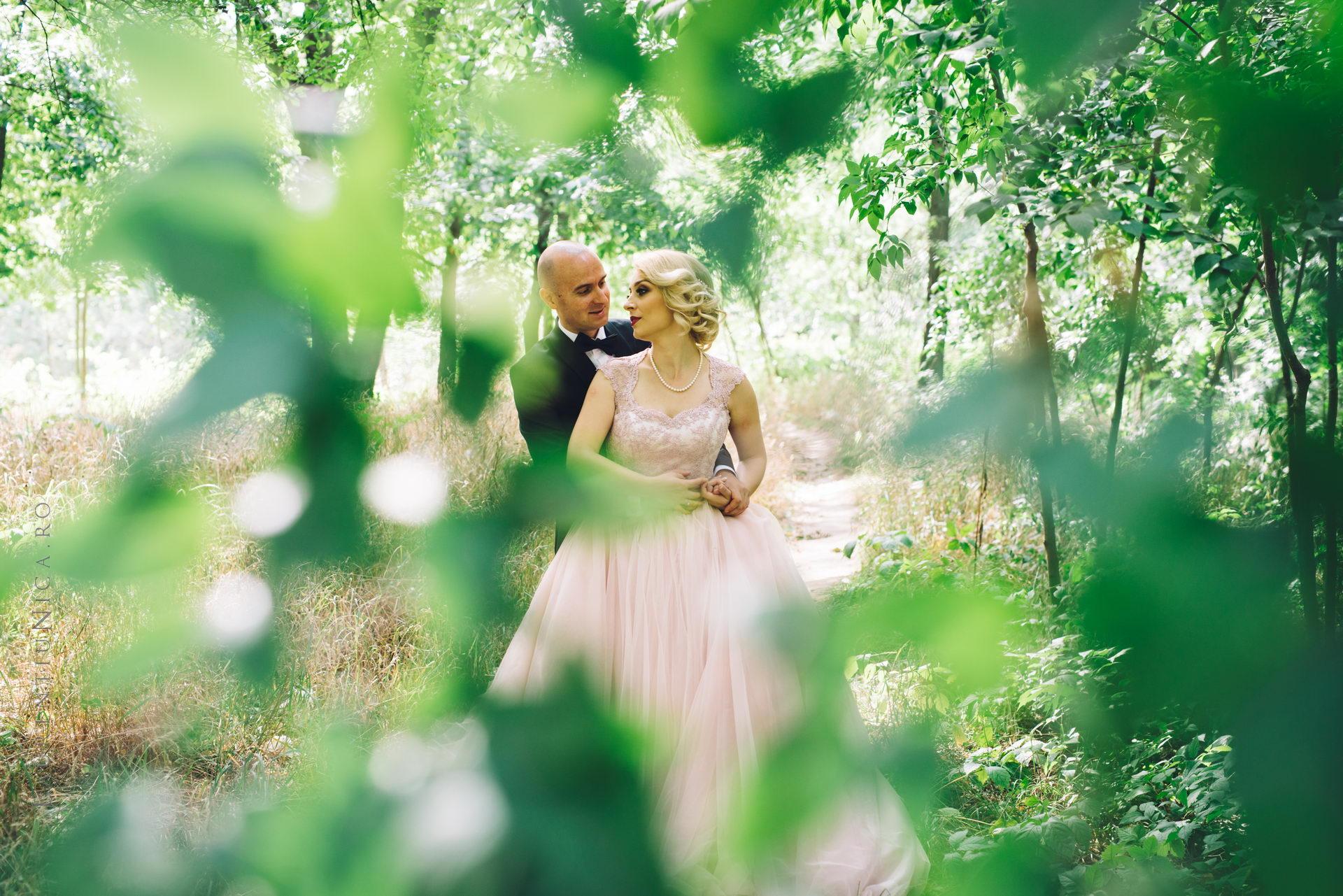 lavinia si adi fotograf laurentiu nica craiova 037 - Lavinia & Adi | Fotografii nunta
