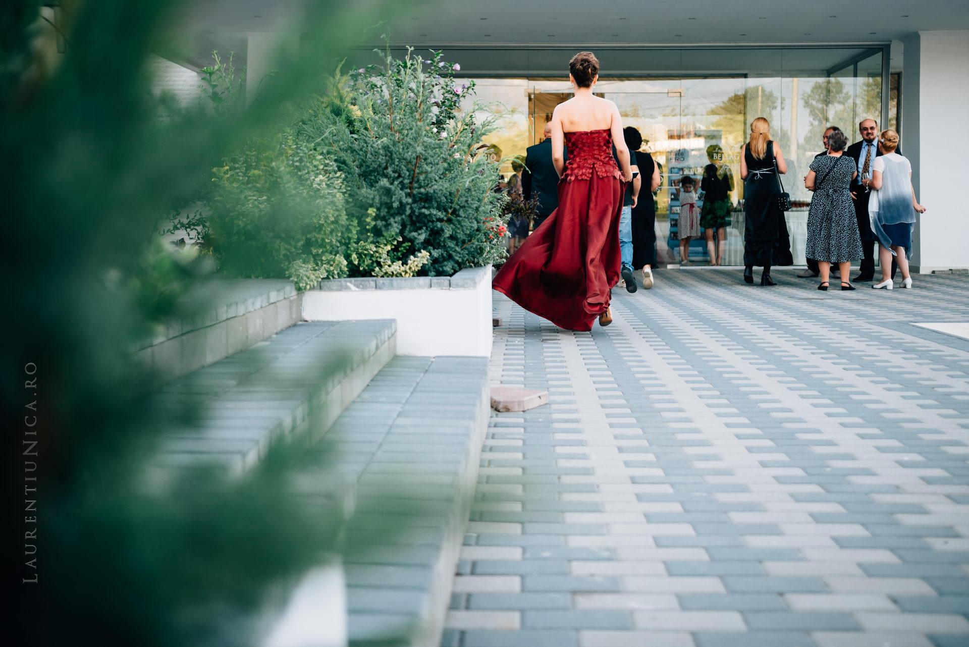 lavinia si adi fotograf laurentiu nica craiova 060 - Lavinia & Adi | Fotografii nunta
