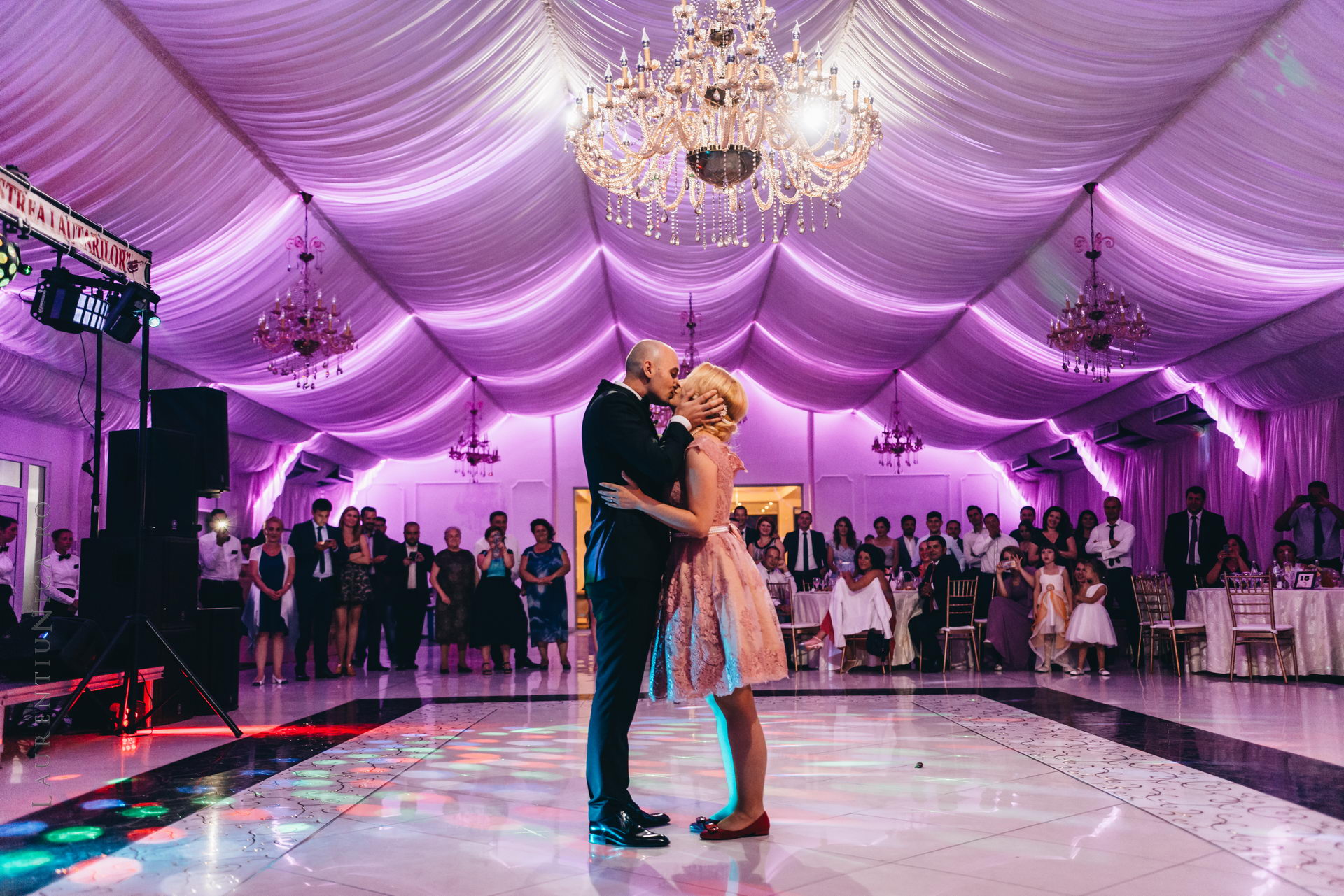 lavinia si adi fotograf laurentiu nica craiova 073 - Lavinia & Adi | Fotografii nunta