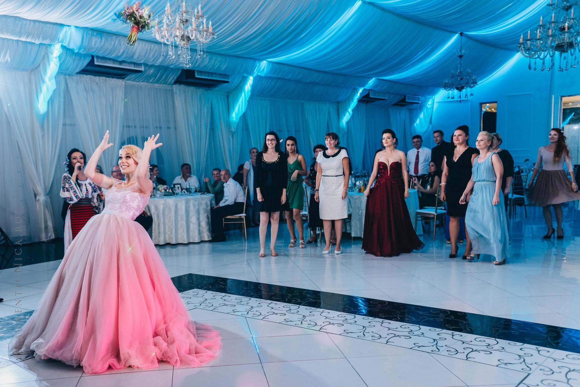 lavinia si adi fotograf laurentiu nica craiova 082 - Lavinia & Adi | Fotografii nunta