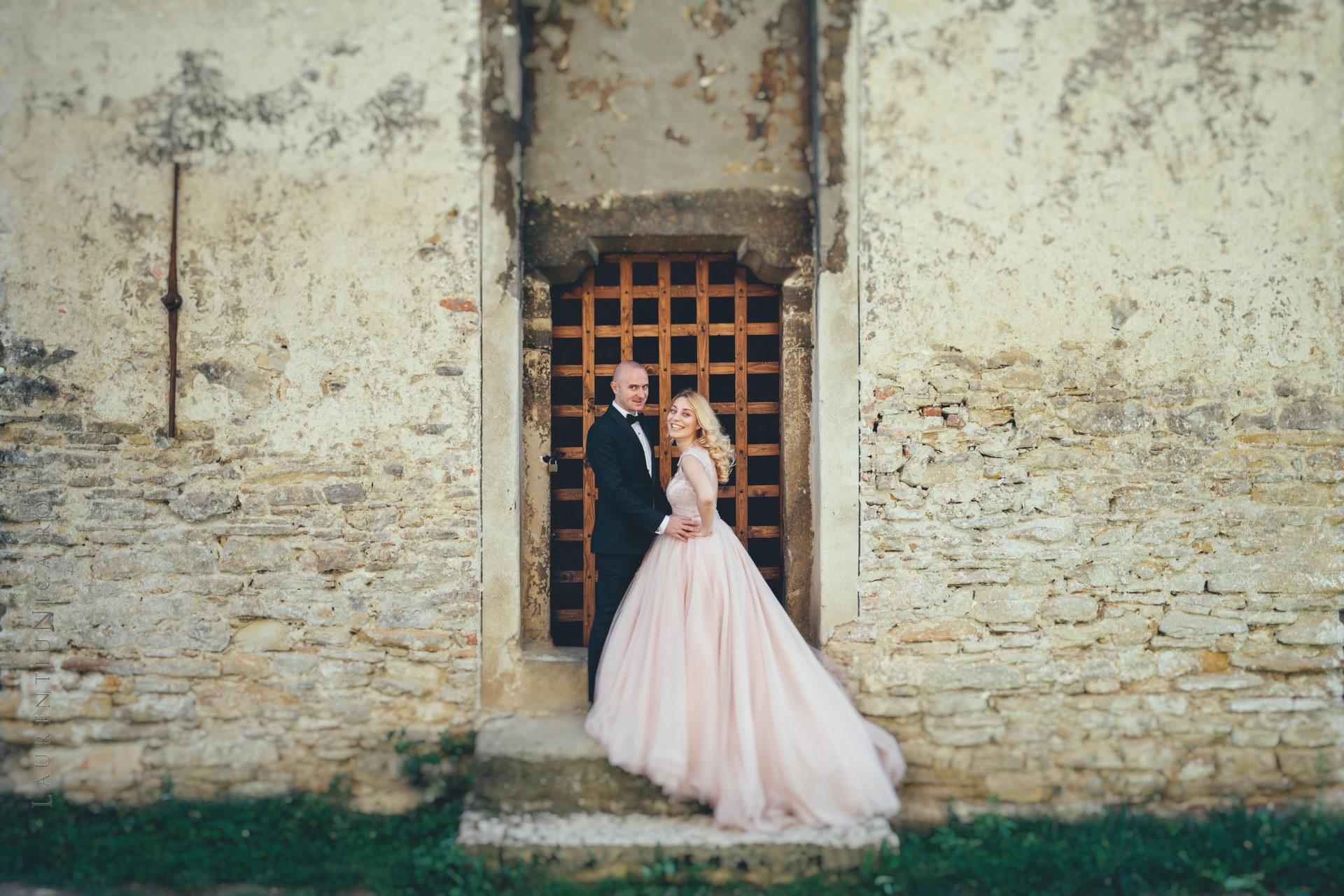 lavinia si adi fotograf laurentiu nica sighisoara biertan 022 - Lavinia & Adi | Fotografii After Wedding | Sighisoara & Biertan